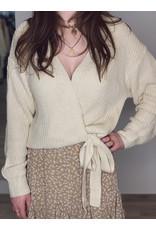 Knitted overslag vest