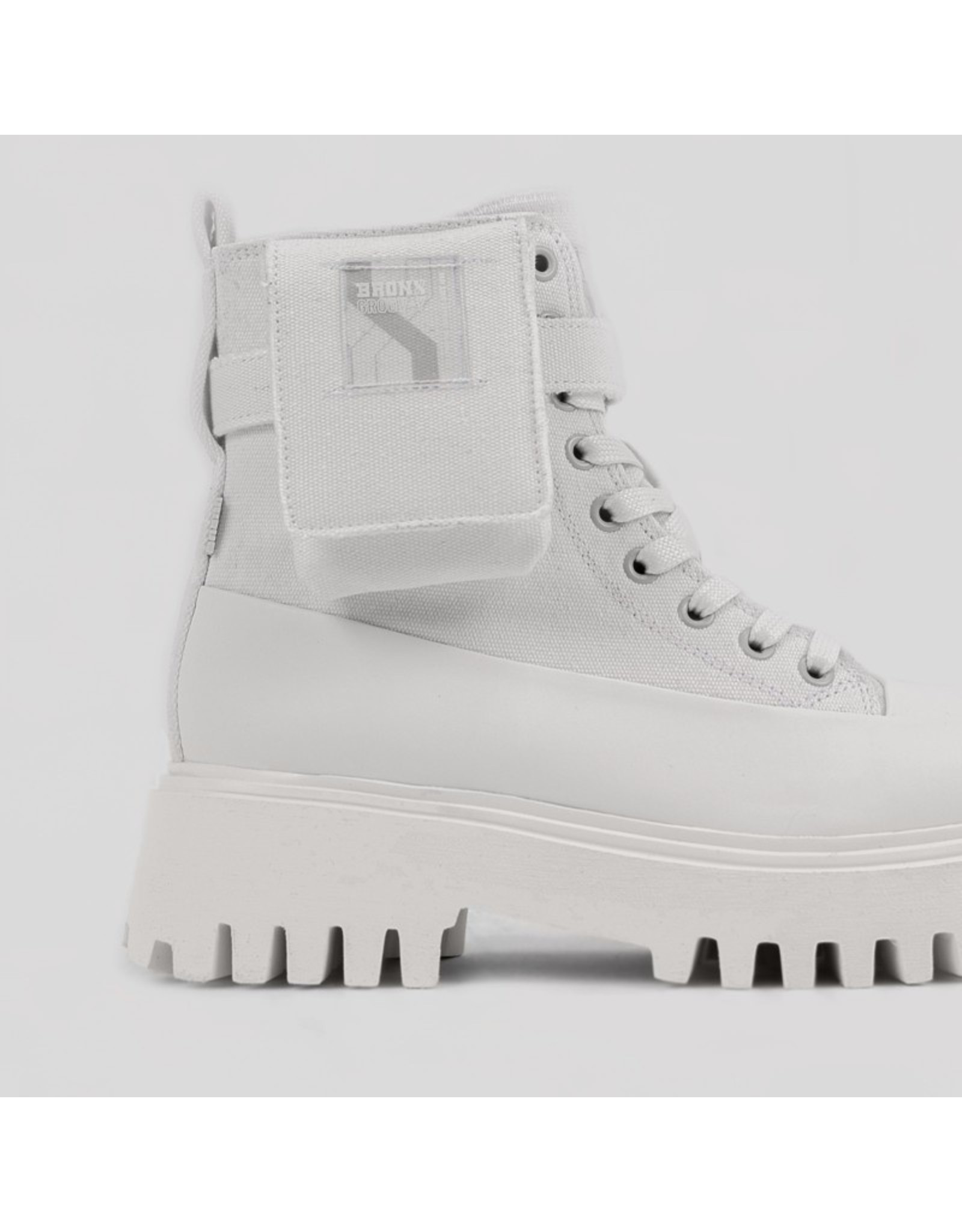 BRONX GROOV-Y BOOTIE CANVAS OFF WHITE
