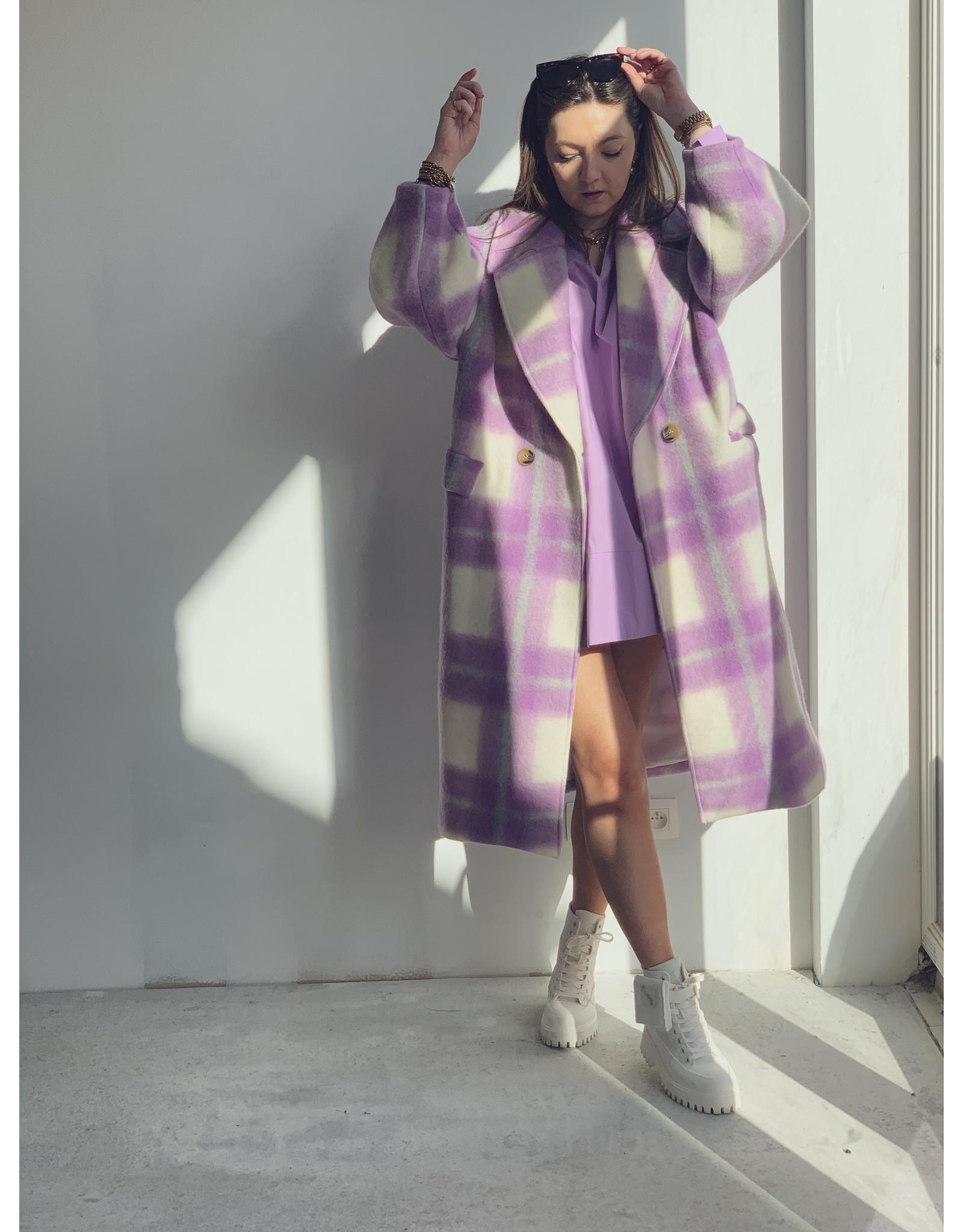 Color Coat Lila White Lang