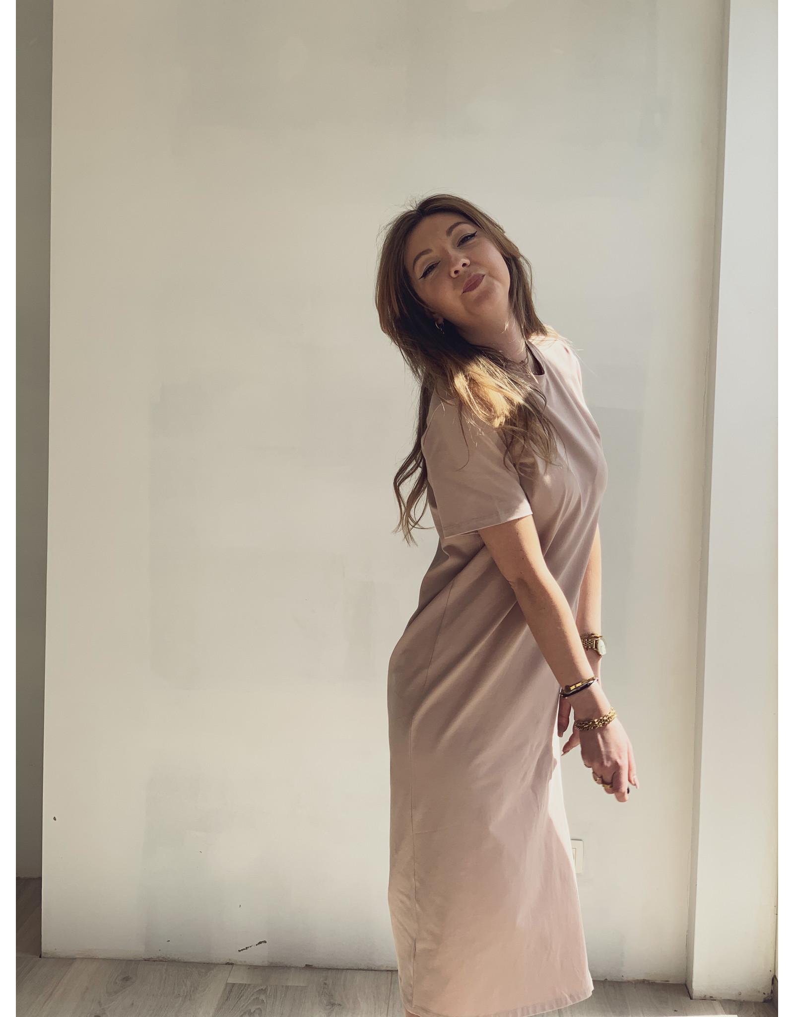 NA-KD Front Slit T-Shirt Dress