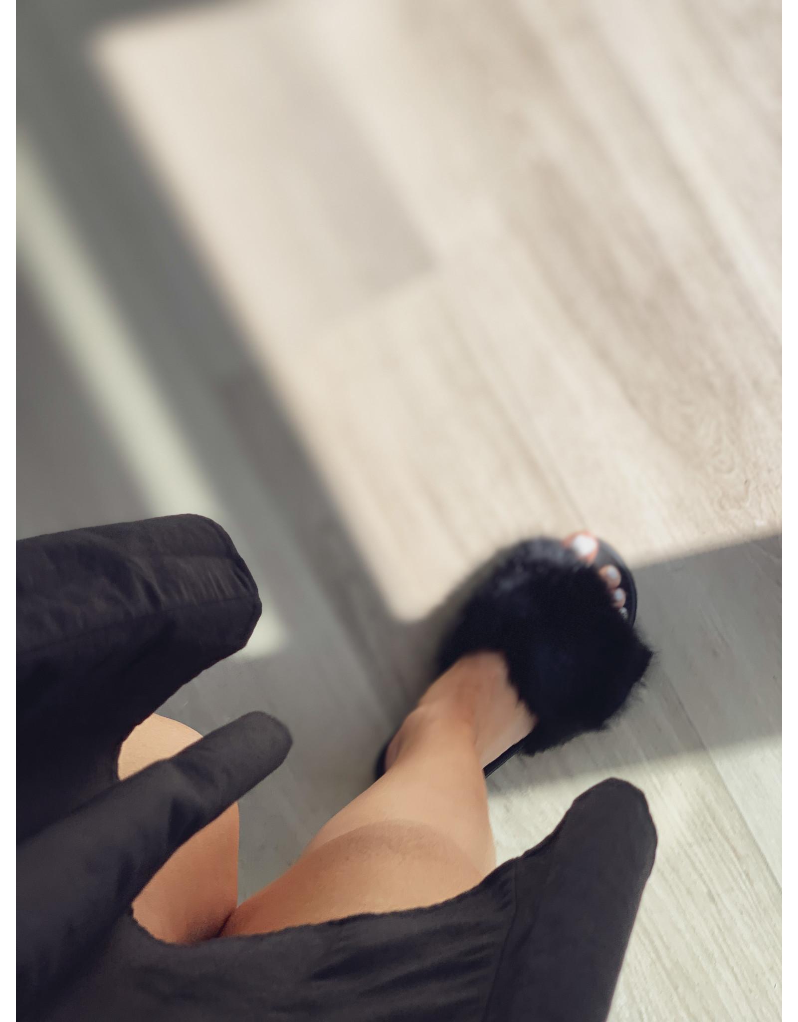 Fluffy Slippers Black