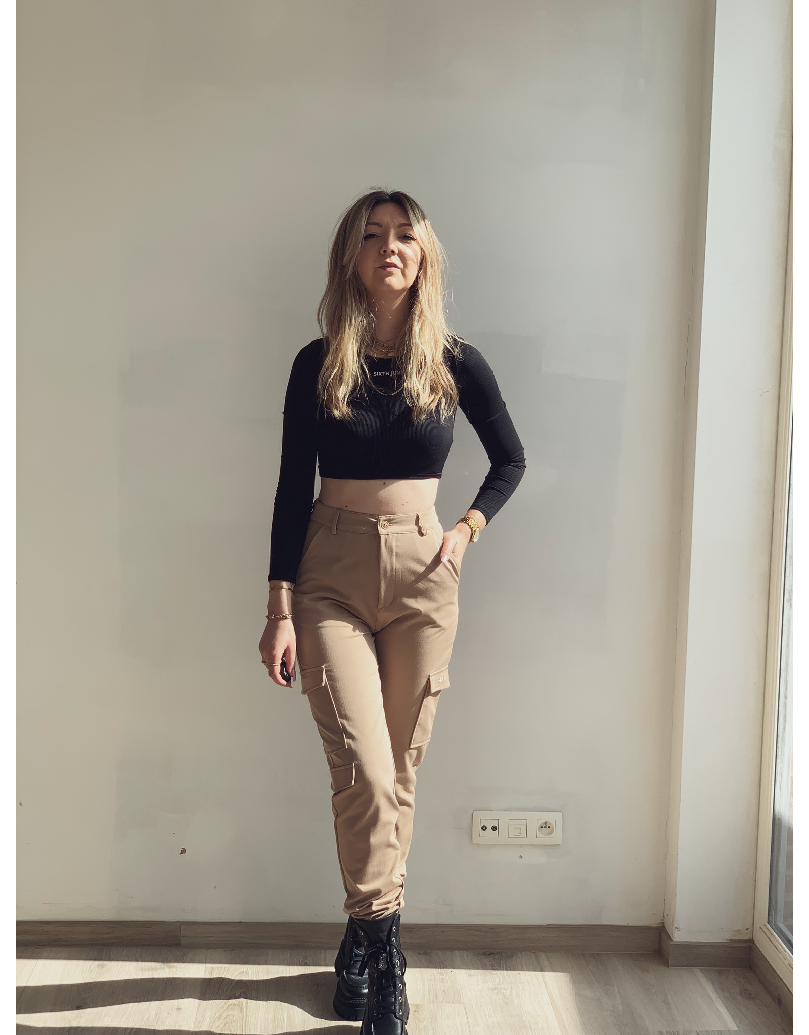 SJ Embroidered cargo pants Beige