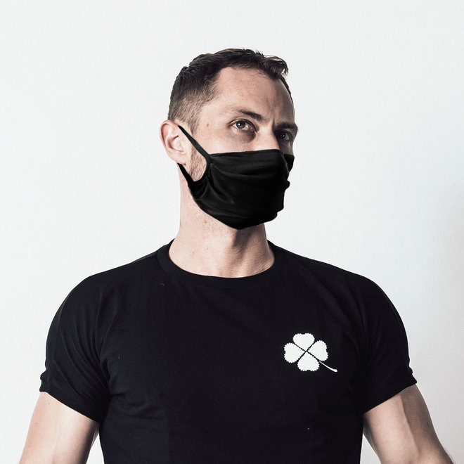 Spitzenjunge facemask