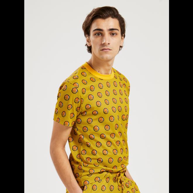 VRC t-shirt golden fall