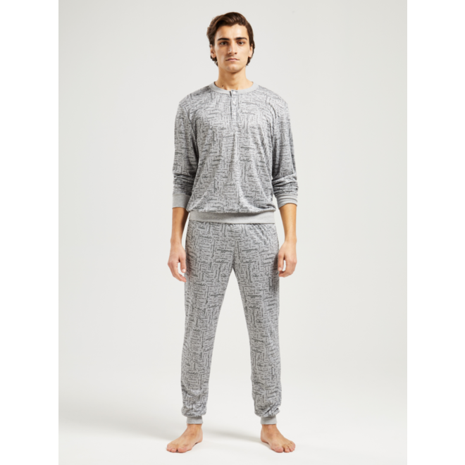 VRC pyjama set gravel me