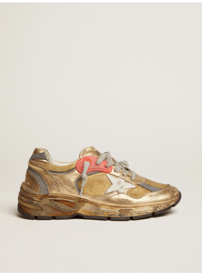 GOLDEN GOOSE RUNNING DAD NET AND LAMINATED UPPER LEATHER STAR LAMINATED SPUR DISTRESSED GOLD/WHITE