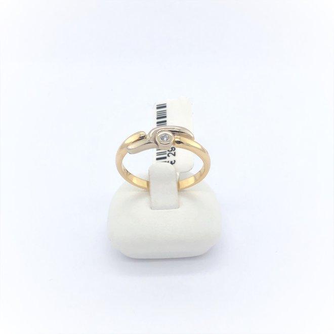 Geelgouden occasion dames ring met diamant