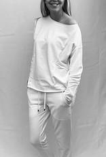 JUVIA LUXURY LEISURE WEAR JUVIA LUXURY WHITE JOGGING BOTTOMS  830 11 068 83013148