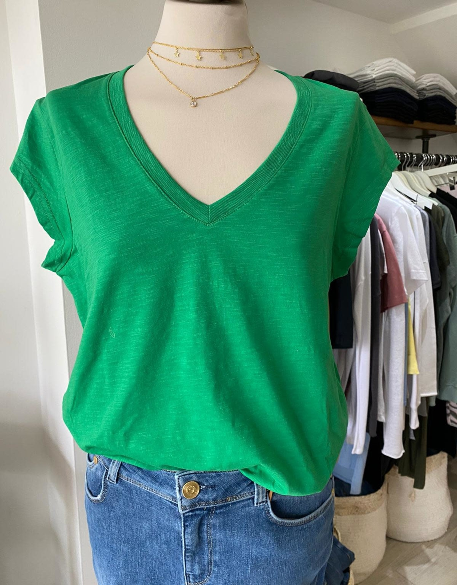 COSTER COPENHAGEN BASIC V-NECK EMERALD GREEN 402 T-SHIRT B0022 / CCH1101 COSTER