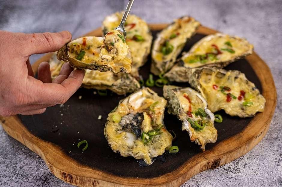 Bereiding bevroren oesters op de BBQ