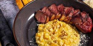 Entrecote steak met pompoen risotto