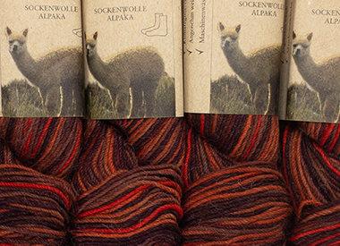 • Sockenwolle multicolor– Schurwolle, Alpaca, Nylon