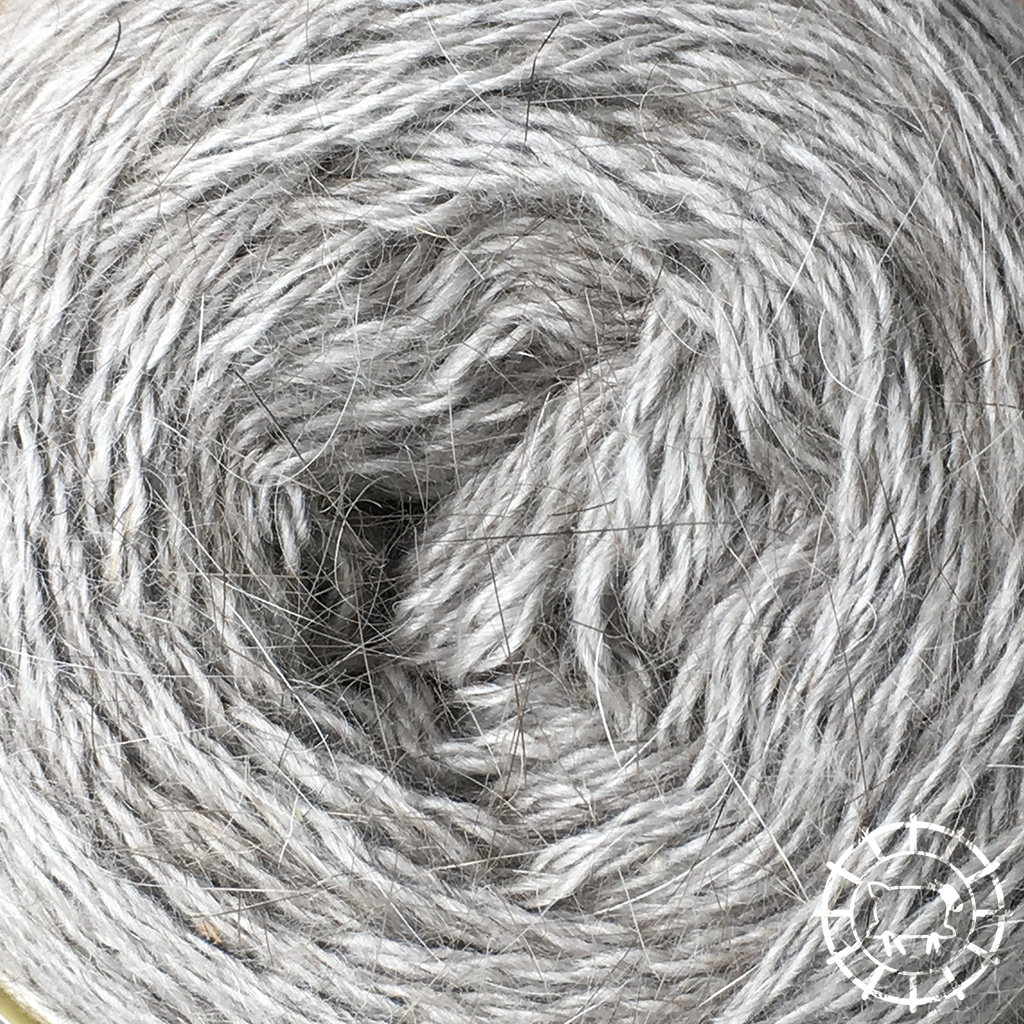 «Woolpack Yarn Collection» Angora Lace – Perlgrau, edles Grau, 100% tierlieb