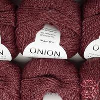 «Onion» Onion No. 6 – Dunkelrot