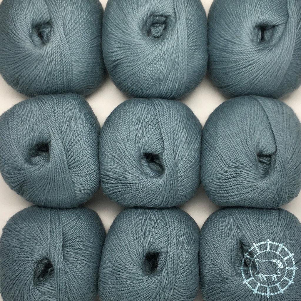 «Woolpack Yarn Collection» Baby Alpaka Fingering – Taubenblau