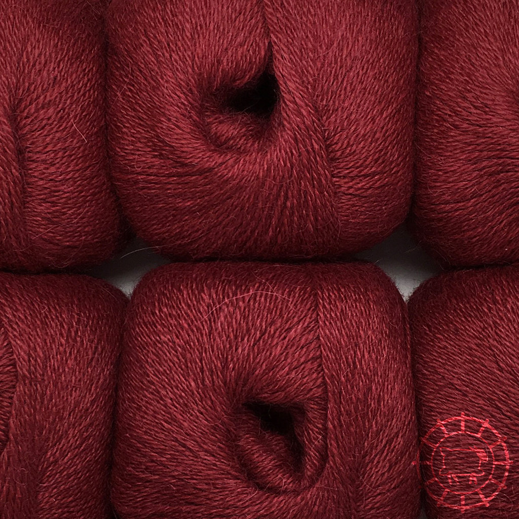 «Woolpack Yarn Collection» Baby Alpaca Fingering – Rouge bourgogne