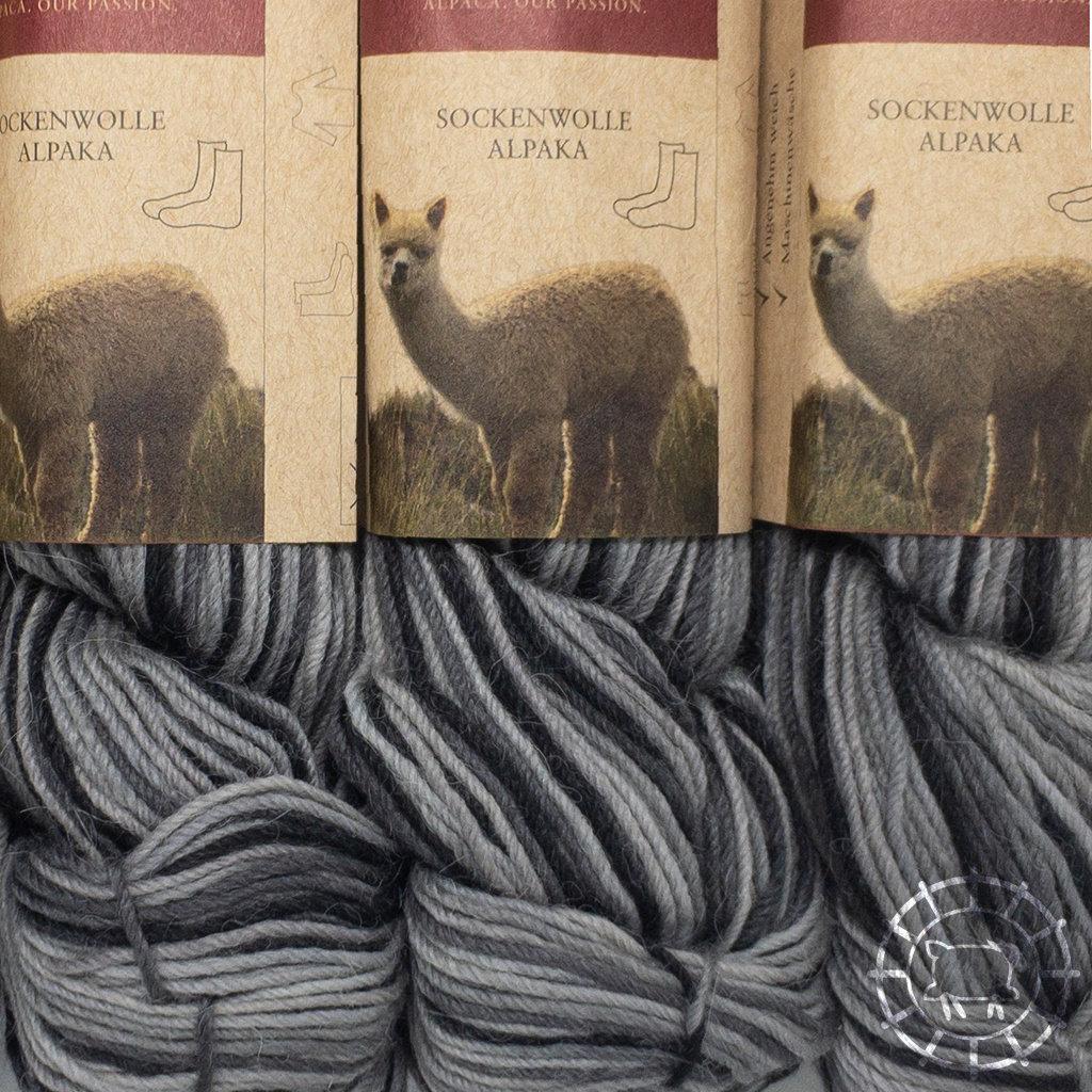 «Apu Kuntur» – Alpaca. Our Passion. Laine à chaussettes multicolore – Nuances de gris