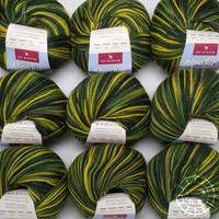 «Apu Kuntur» – Alpaca. Our Passion. Sockenwolle multicolor – Grün-Gelb