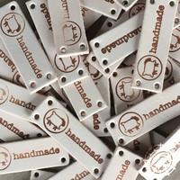 Handmade-Label 4 Stk. mit «Woolpack-Schäfchen»