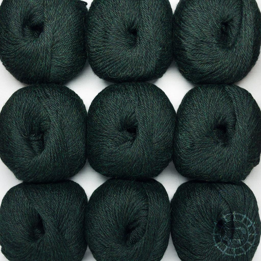 «Woolpack Yarn Collection» Baby Alpaka DK – Schwarzwald, limitierte Farbe
