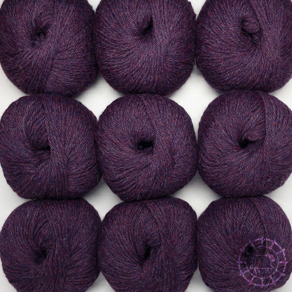 «Woolpack Yarn Collection» Baby Alpaka DK – Waldbeere, limitierte Farbe
