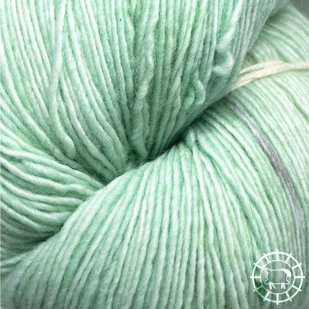 «Malabrigo Yarn» Lace – Water Green, ein duftiges Grünchen