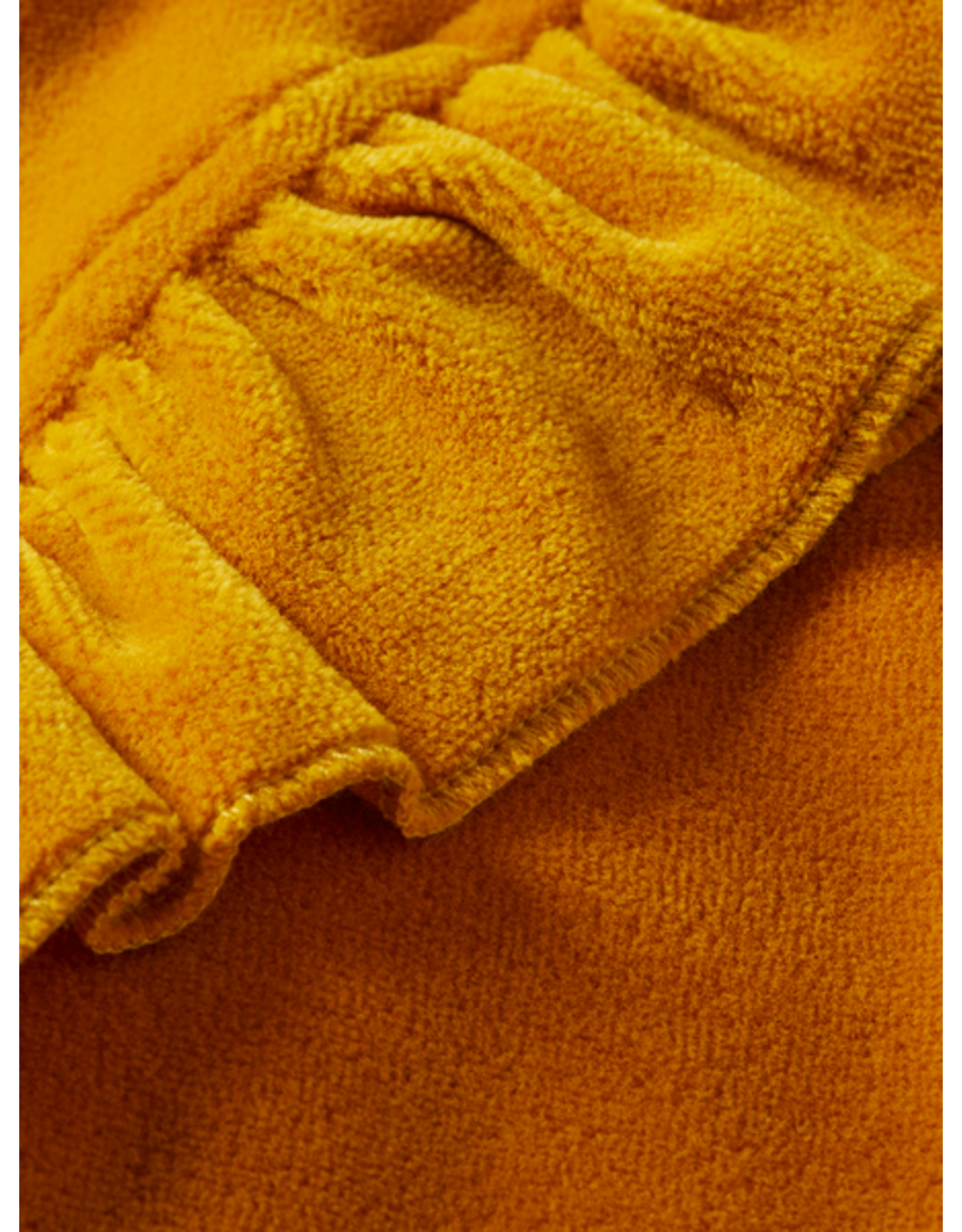 Scotch R'Belle Scotch R'Belle gele fluwelen trui met ruches