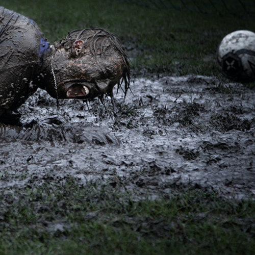 Top 10 goalkeeper gloves in the rain