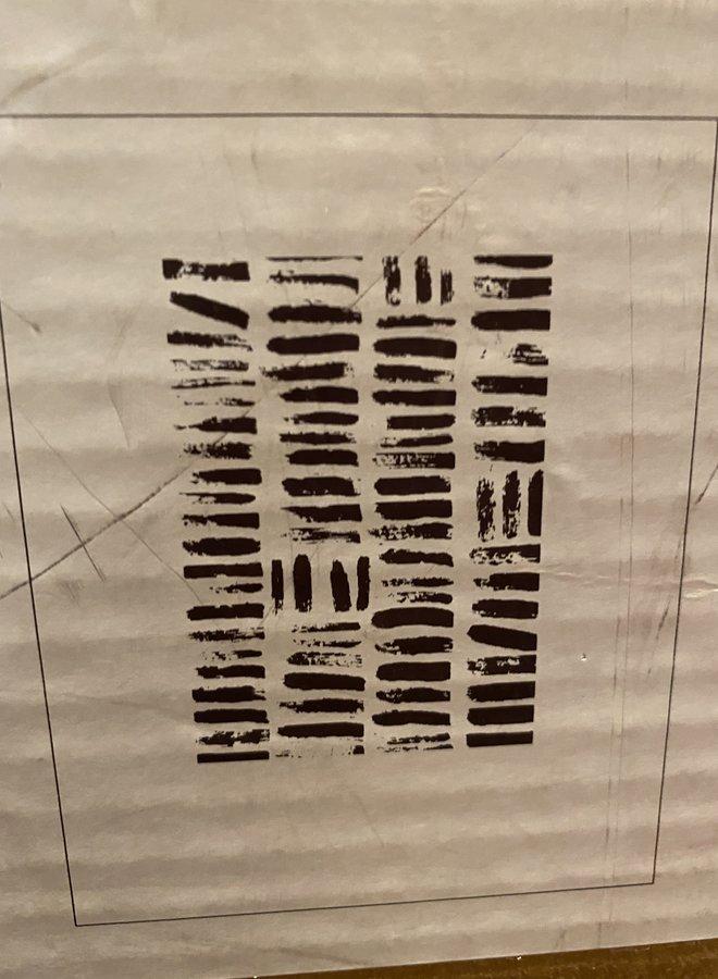 NAdesign poster olifantpoep streeppatroon
