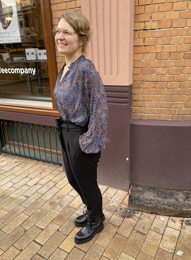 Second Female movement blouse black