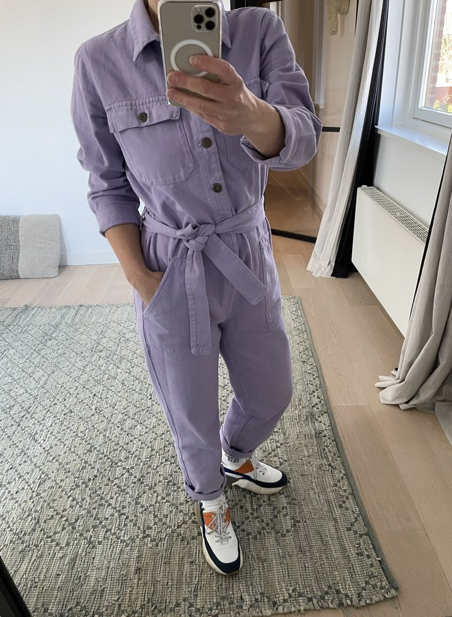 American V. tine jumpsuit lila