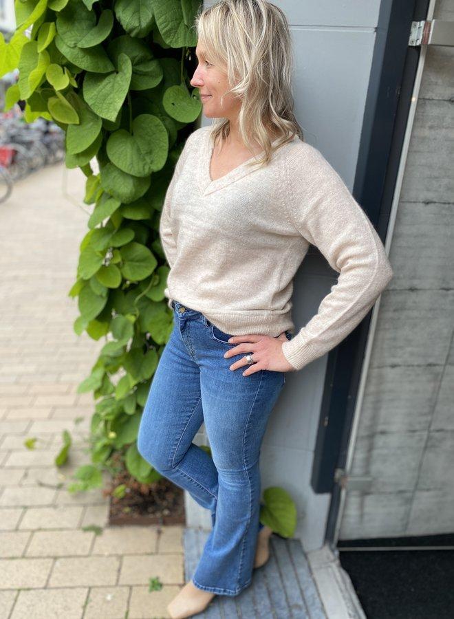 SF lulu knit v-neck birch noos