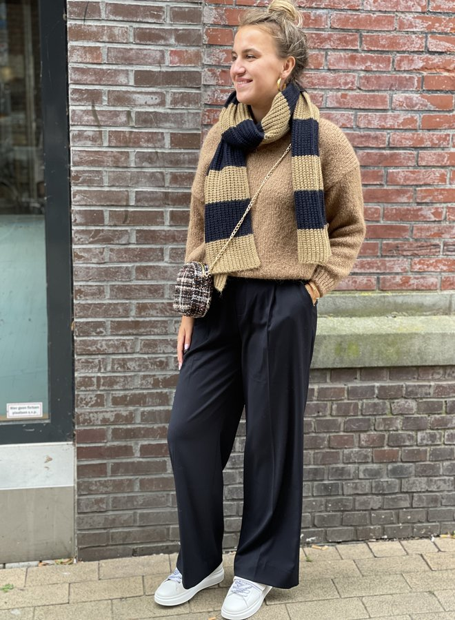 Knit-ted begonia pullover mocca