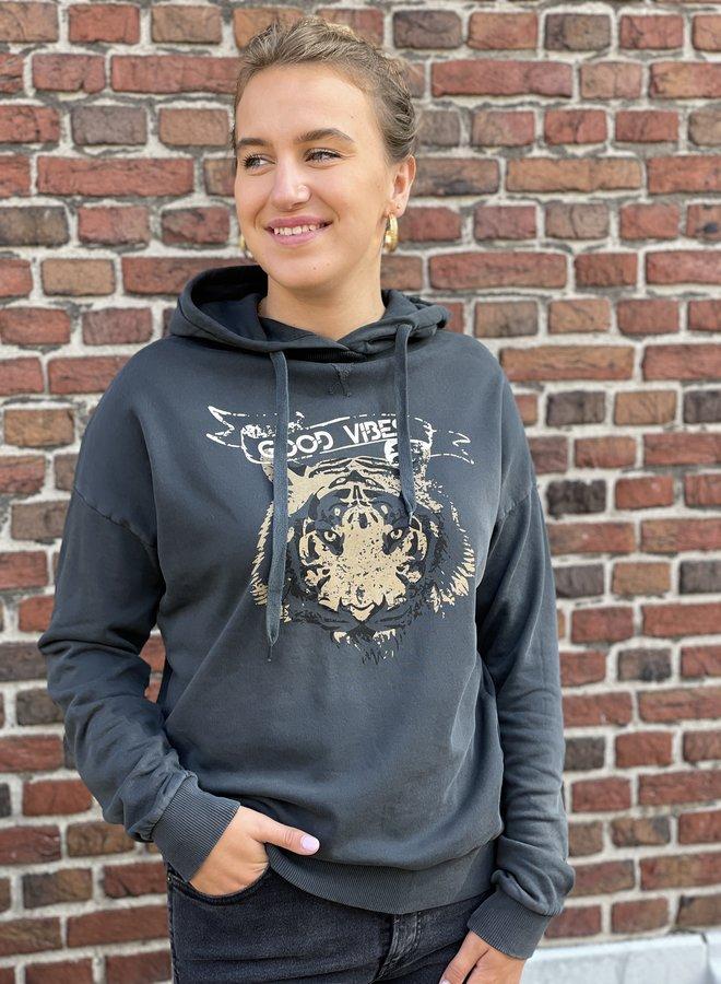 Circle jo hoodie caviar