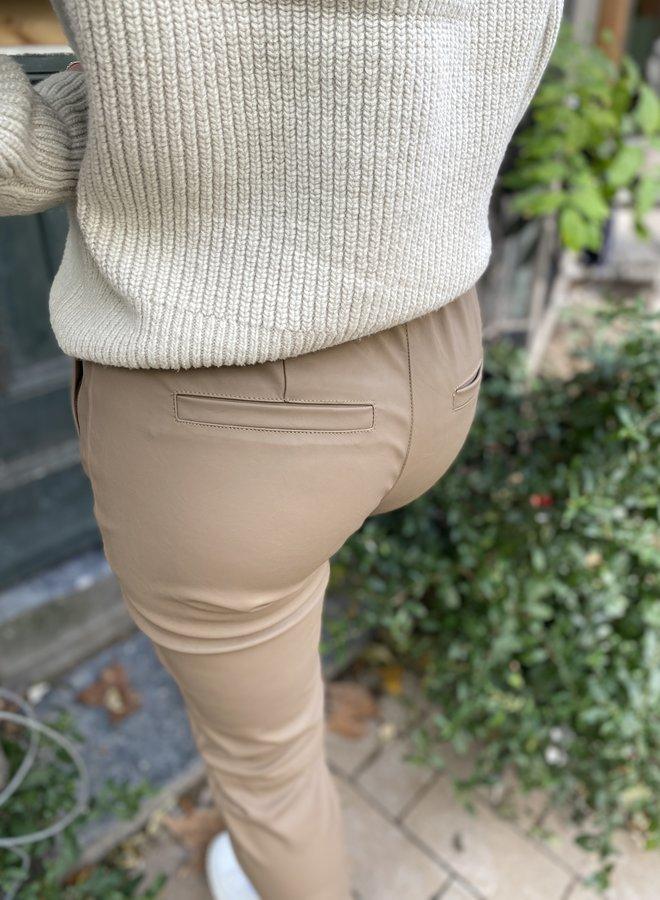 Knit-ted frida pants latte