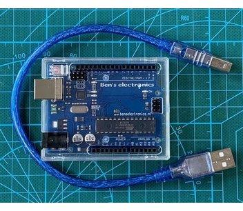 Uno r3 incl. usb kabel en behuizing