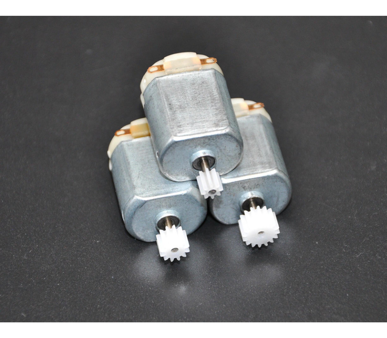 DC motor met kunststof tandwiel type 130 3 - 6 Volt