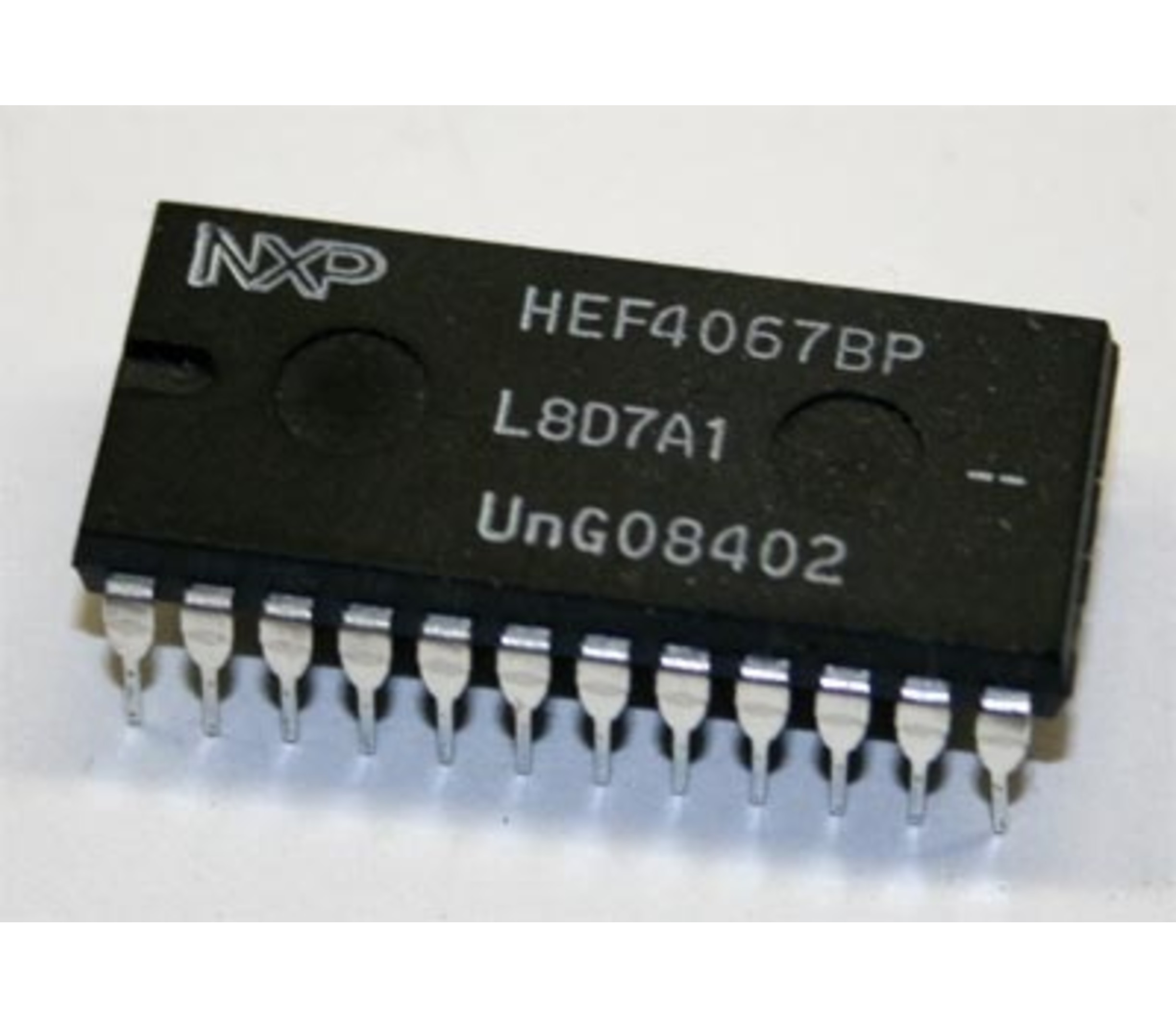 HEF4067BP input expansion chip