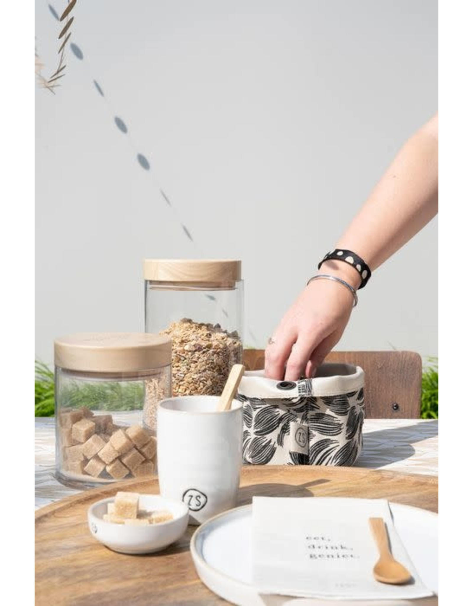 Zusss Zusss koffiemok aardewerk wit