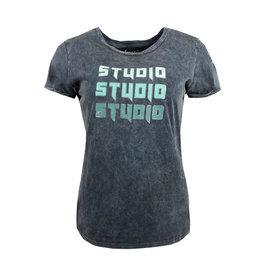 Elvira Elvira T-shirt Studio