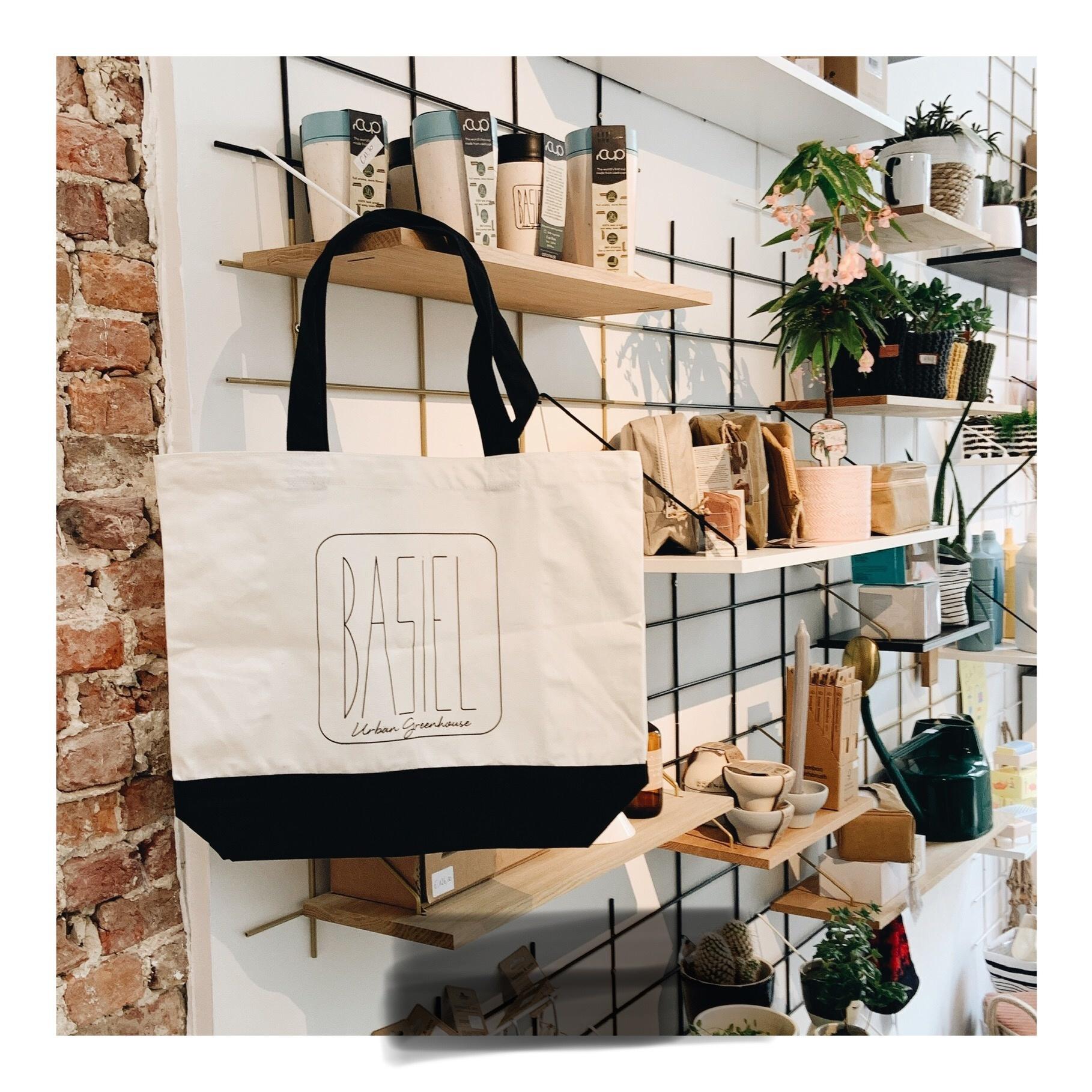 (D)eco Store