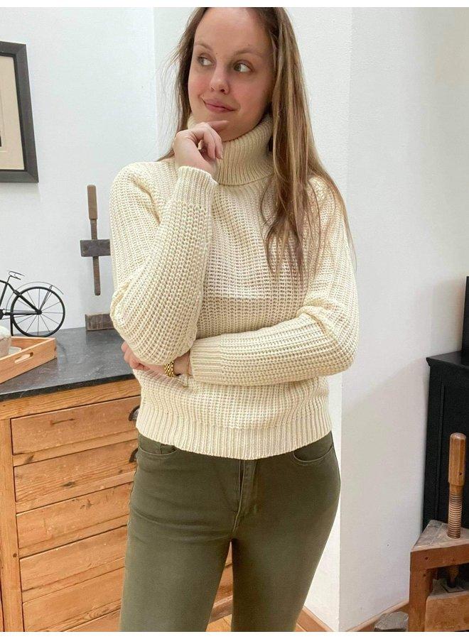 Tinelle Rollneck Knit Beige