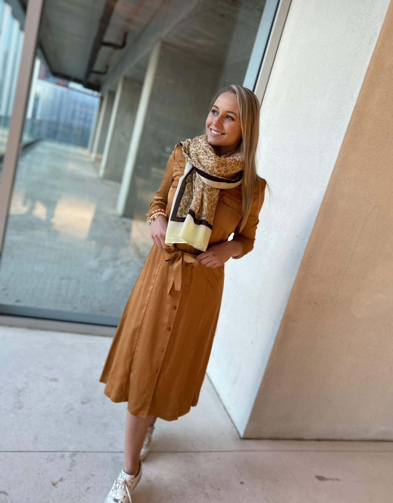 Heart Mind Diva Midi Dress Camel
