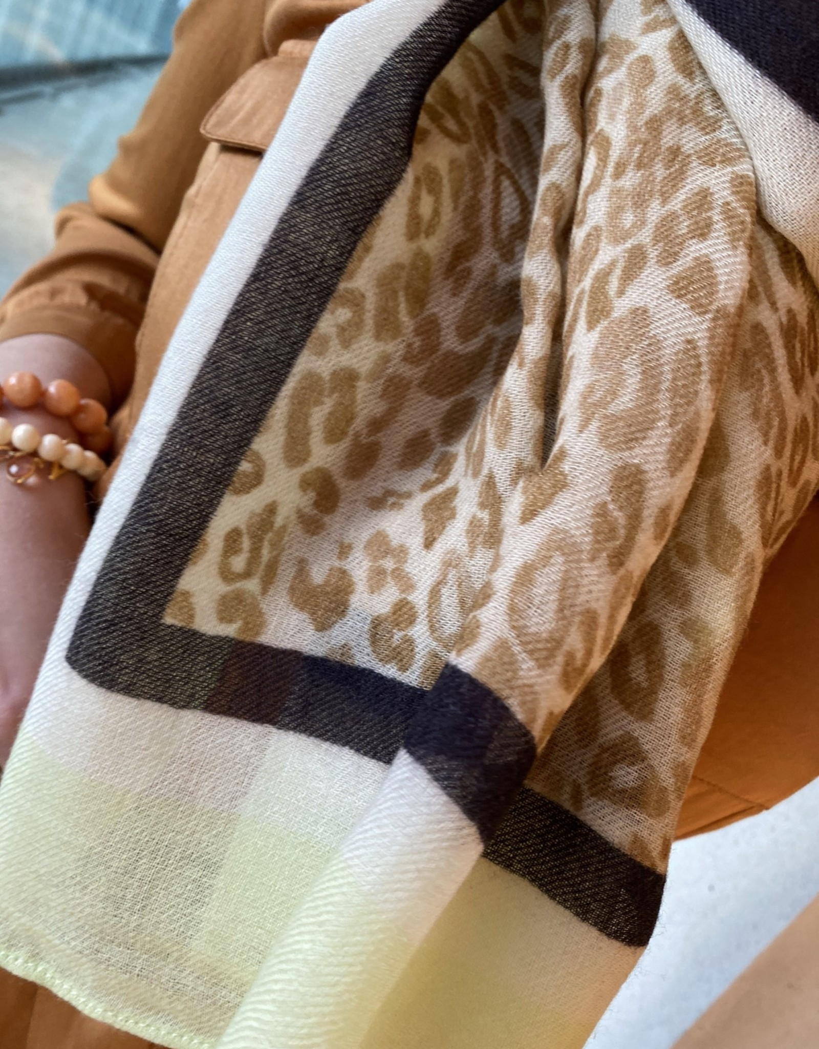 Heart Mind Amelie Heart Square Scarf Beige