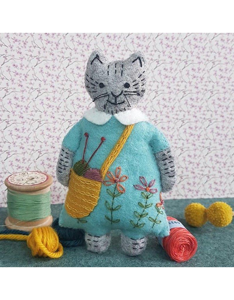 Corinne Lapierre Mini Knitting Cat Felt Kit