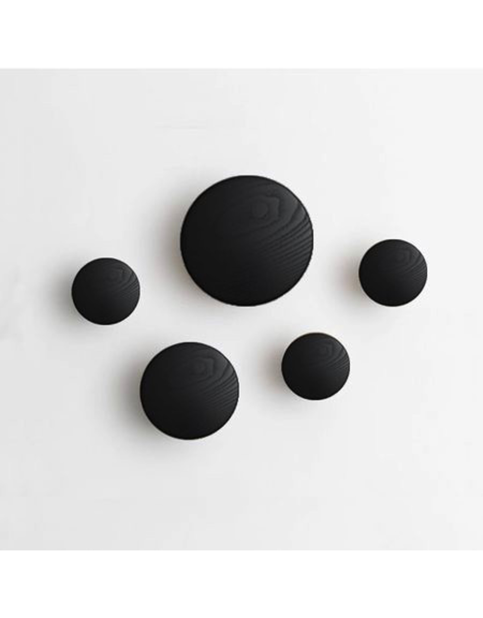 Muuto The Dots black