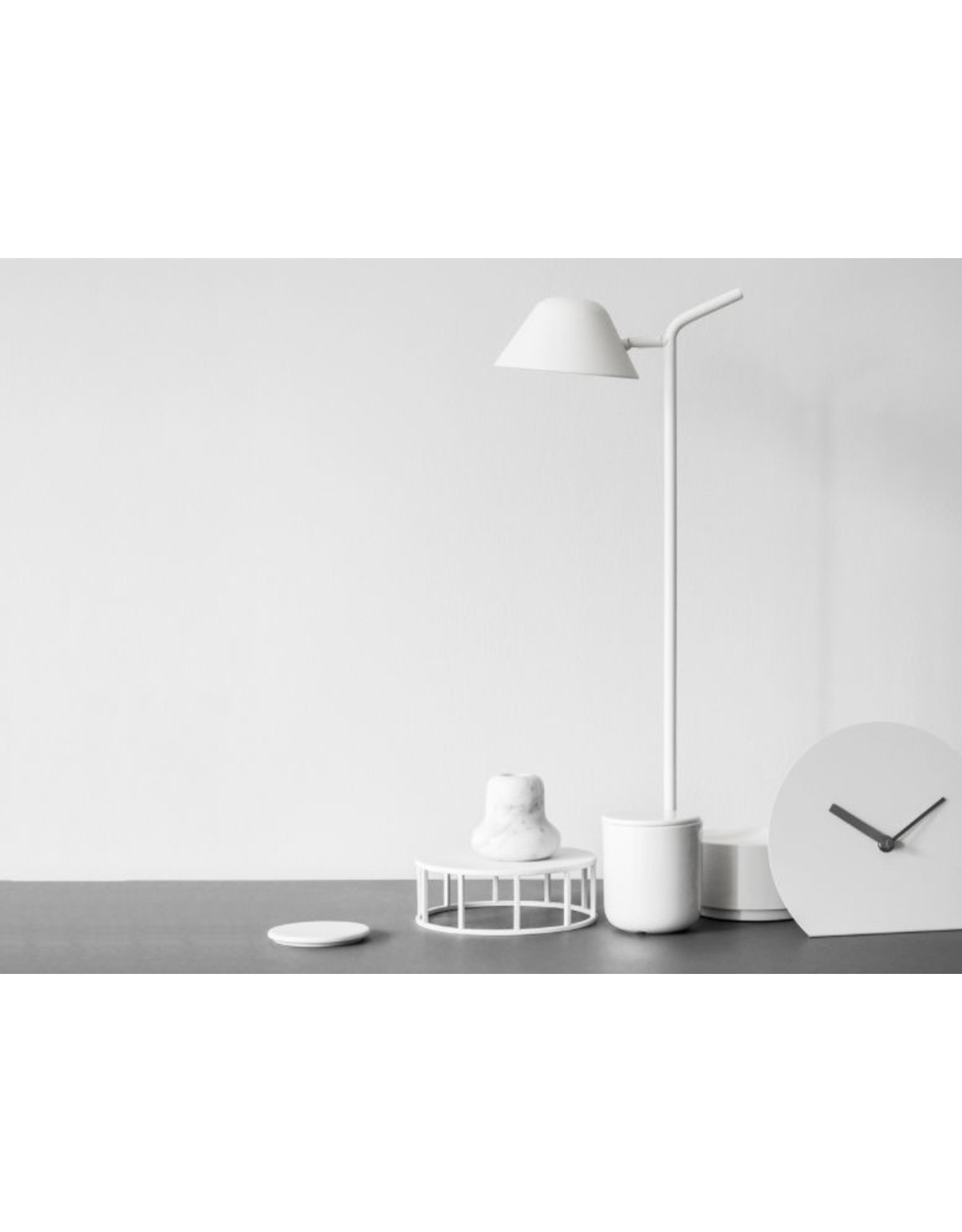 MENU Peek, Table Lamp white