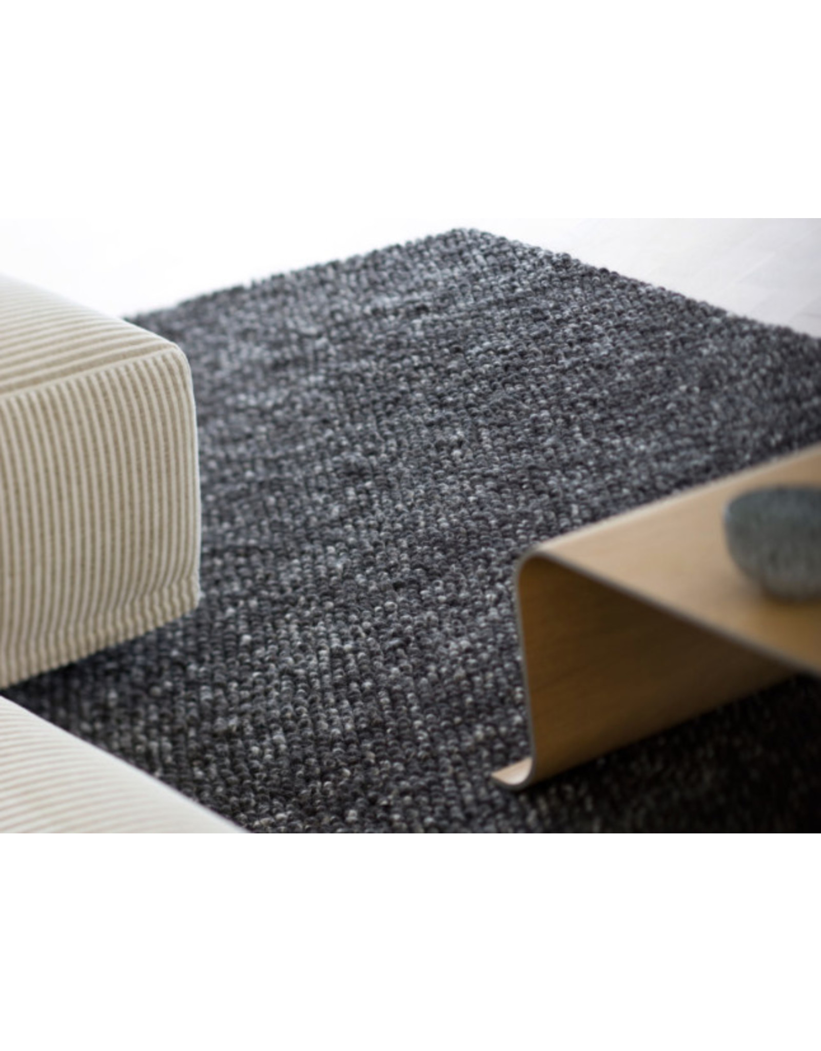 Linie Design Iceland Charcoal