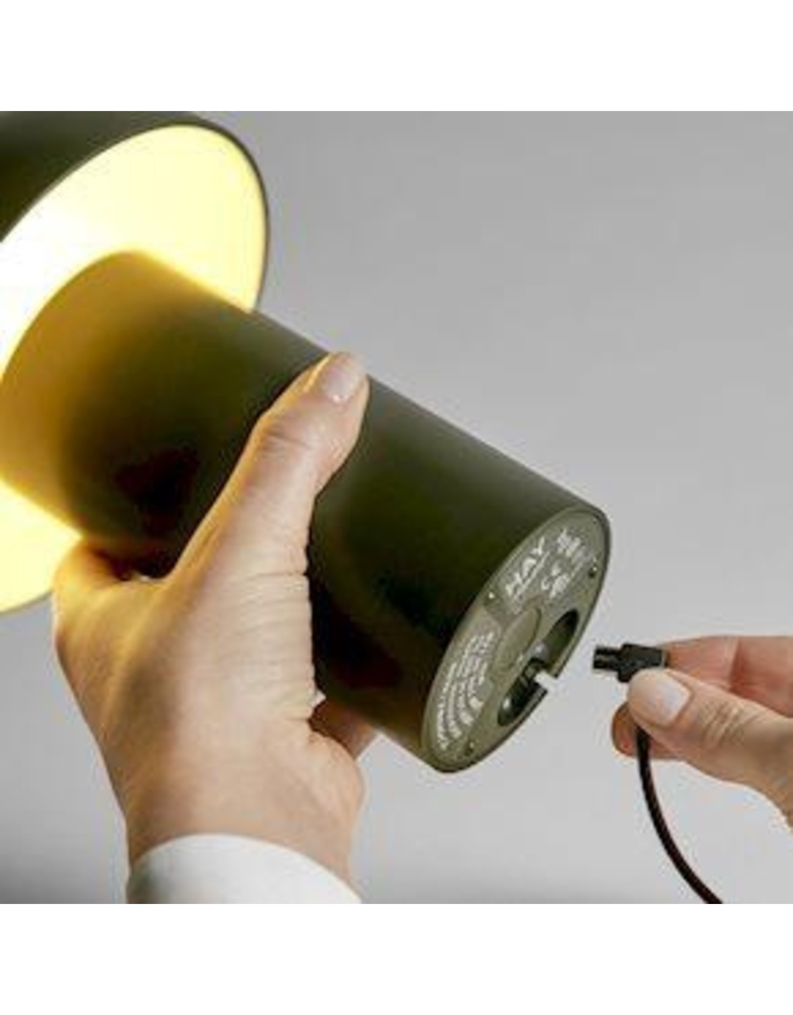 HAY PC PORTABLE / LIGHTING / OLIVE