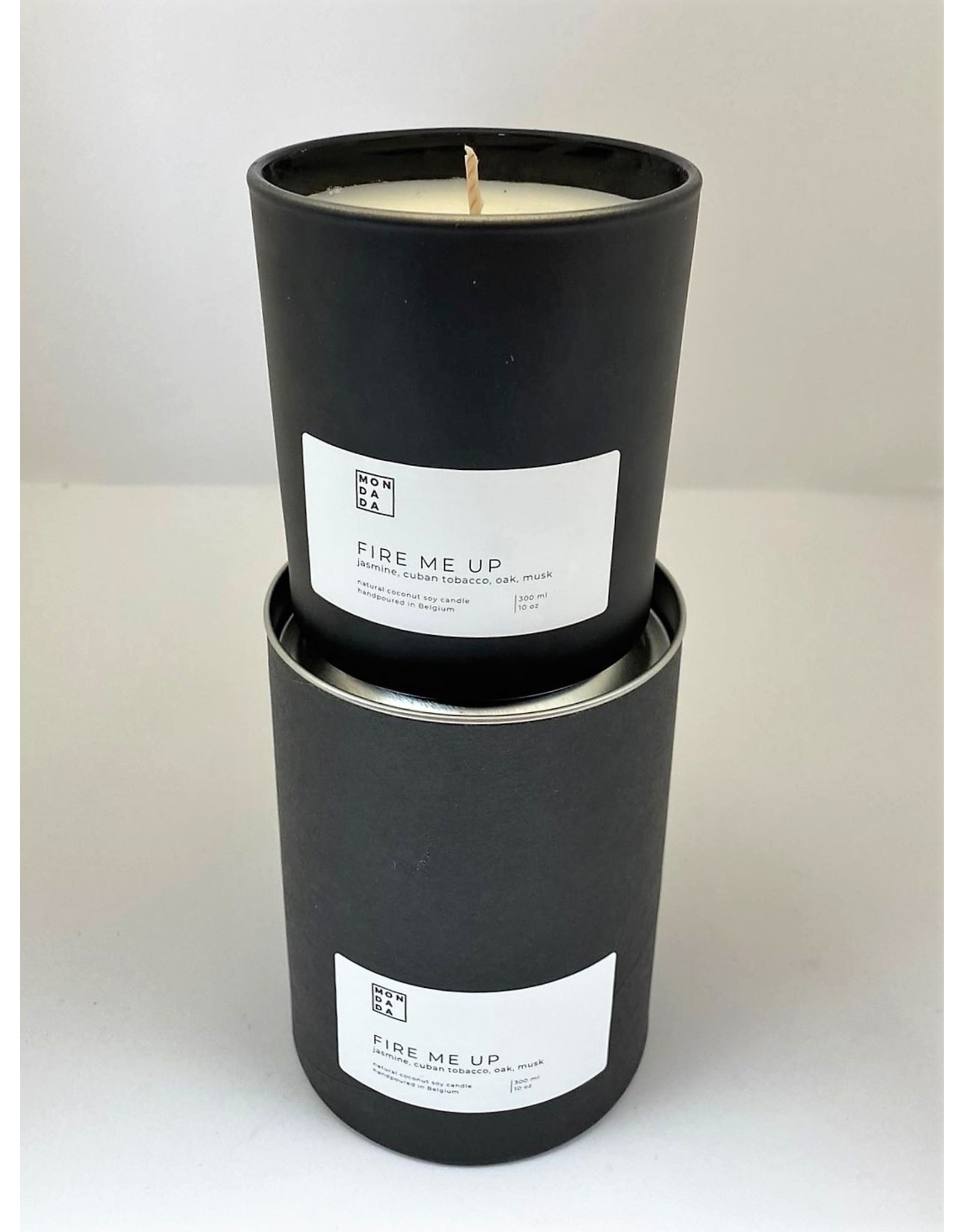 Mon Dada Black Candle - Down to Earth 300ml